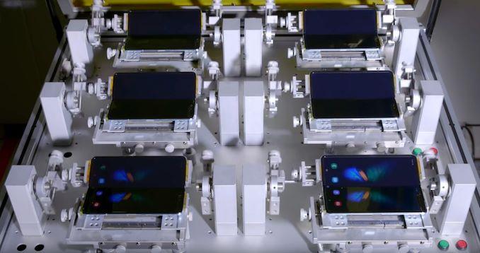 Image 2 : Vidéo : les machines qui ont plié le Galaxy Fold plus de 200 000 fois chez Samsung...