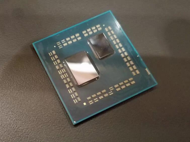 Image 1 : Confirmation d'un CPU Ryzen 3000 16 cœurs, échantillon d'essai à 4,2 GHz