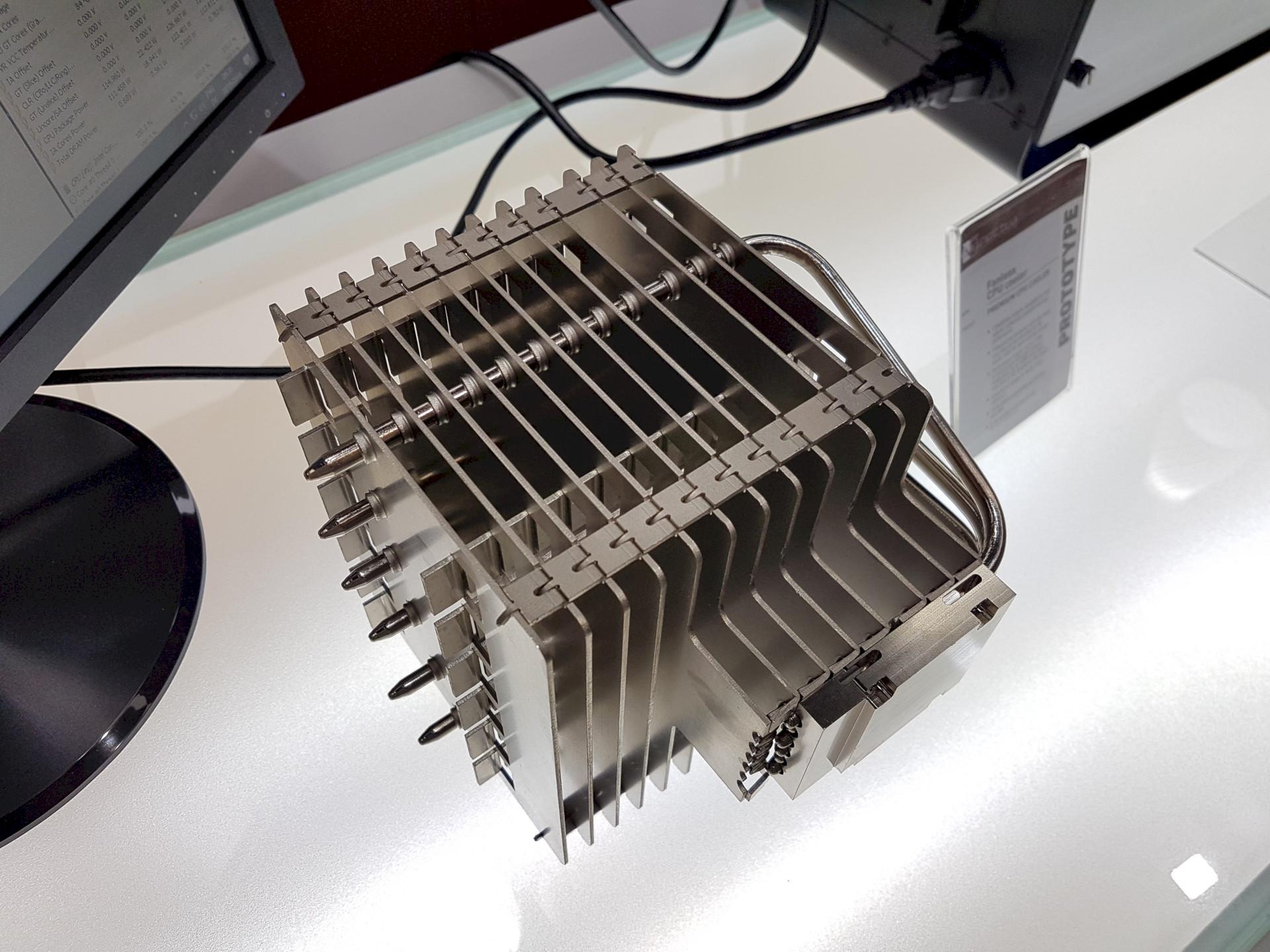 Image 1 : Computex : Noctua s'attaque au refroidissement passif avec un radiateur CPU géant !