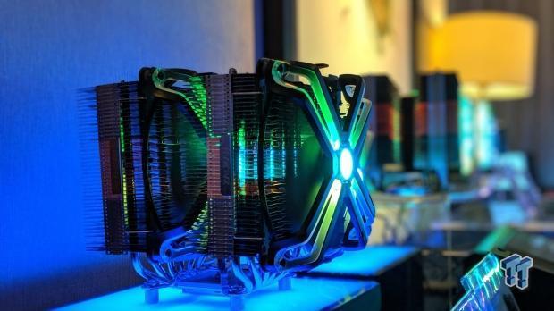 Image 1 : Computex : énorme ventirad et watercooling AIO à double hélices chez Zalman
