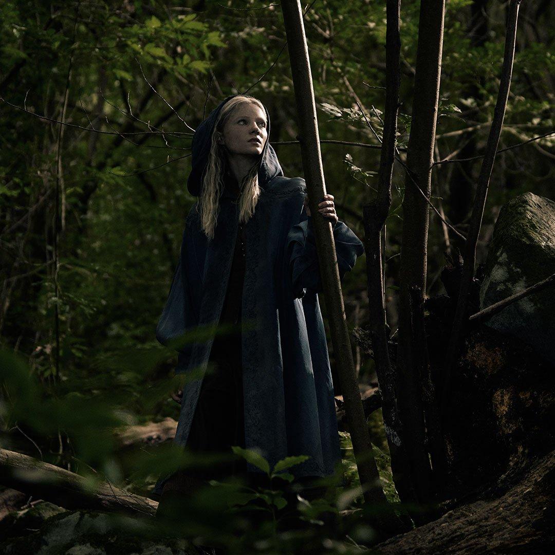 Image 6 : Les premières images de Geralt, Ciri et Yennefer de la série The Witcher !