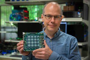 Image 1 : Intel : Pohoiki Beach, un système neuromorphique à 8 millions de neurones !