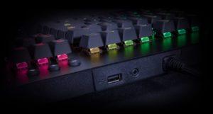 Image 2 : Thermaltake : un clavier Level 20 GT RGB avec trois types de switches