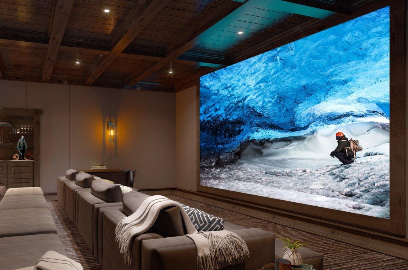 Image 1 : Sony : un écran 16K de presque 20 mètres de long pour 5,8 millions de dollars !
