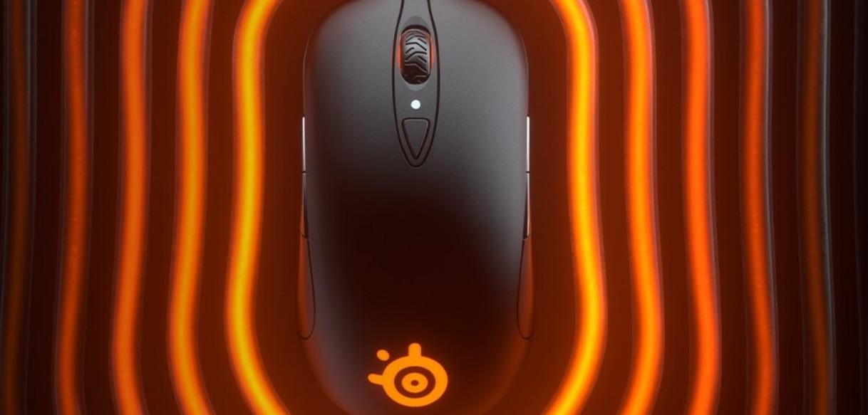Image 2 : SteelSeries lance sa souris Sensei Ten, ambidextre avec un capteur 18 000 DPI