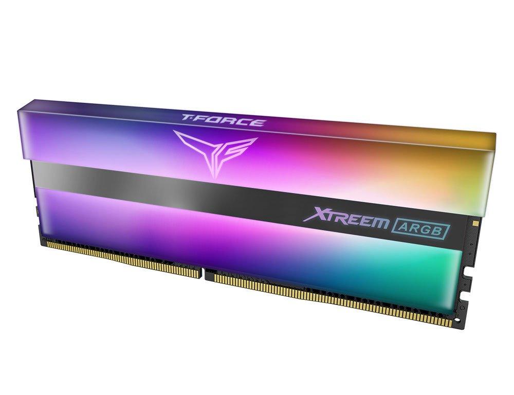Image 3 : De très belles barrettes DDR4 à effet miroir chez TeamGroup