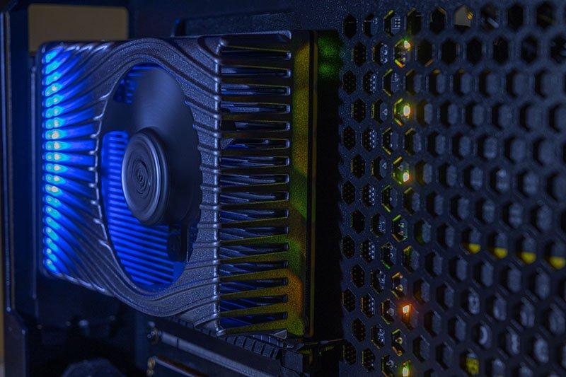 Image 4 : Intel Xe DG1 : présentation du GPU en mode Desktop
