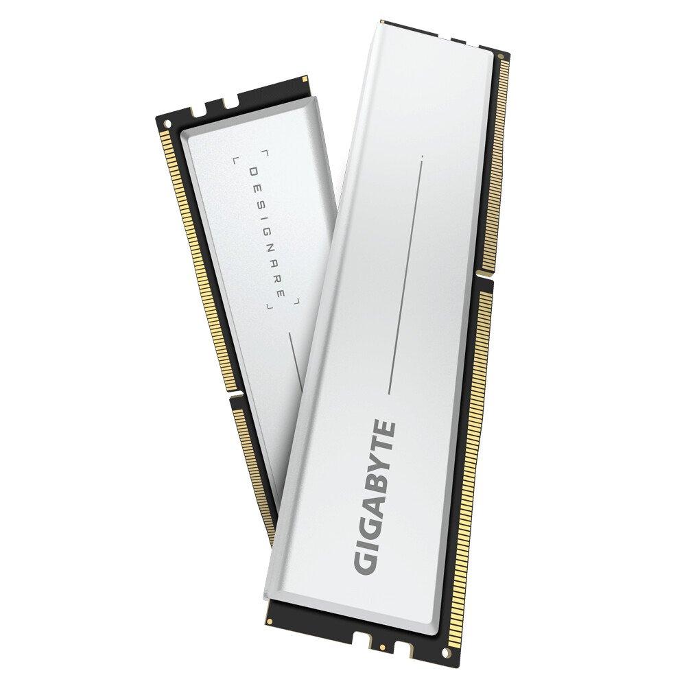 Image 1 : Des kits mémoire Designare en 2 x 32 Go chez Gigabyte